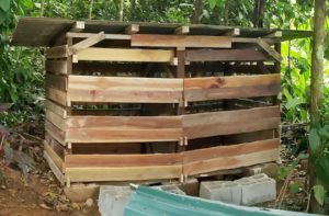 upcycling how to build a DIY compost shed - 7 Compost Shed - Complete
