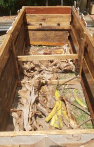 how to upcycle a raised garden bed - empty